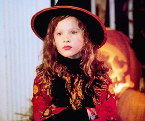 hocus pocus, disney, and Halloween image