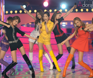 hoot, snsd, and yuri image