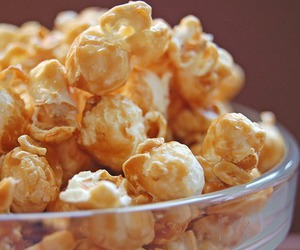 food, popcorn, and caramel image