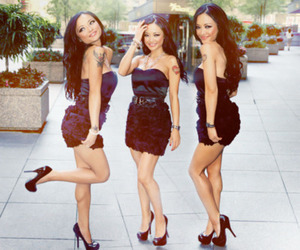tila tequila and dress image