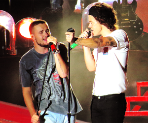 liam payne, Harry Styles, and 1d image