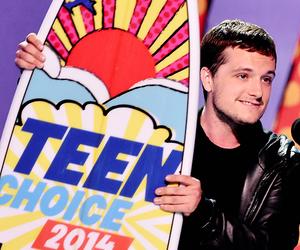 josh hutcherson and teen choice awards image