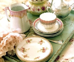 floral, shabby chic, and tea cup image