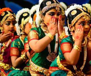 dance and india image