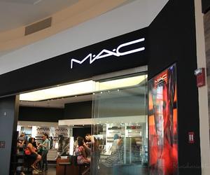 mac, girl, and luxury image