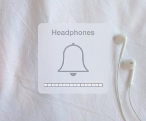 music and headphones image