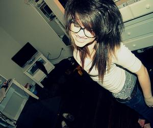 girl, taylor mangan, and glasses image