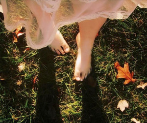 foot, sun, and hope image