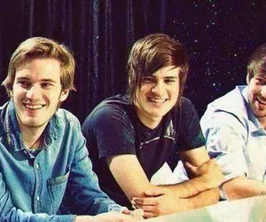 pewdiepie, smosh, and youtubers image