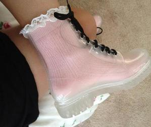 pink, grunge, and shoes image