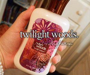 lotion, bath and body works, and justgirlythings image