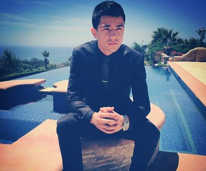 luis coronel, ❤, and 💛 image