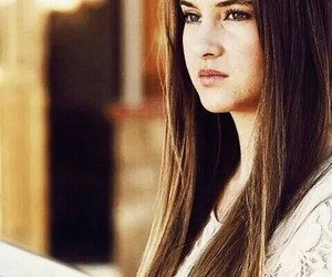Shailene Woodley, pretty, and divergent image
