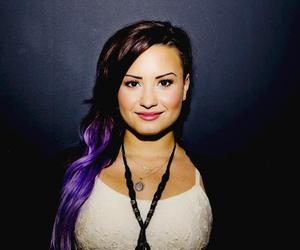 beautiful girl, purple hair, and singer image