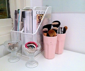 pink, desk, and makeup image