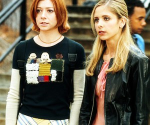 buffy, willow, and sarah michelle gellar image
