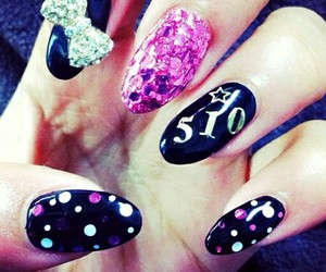 black, nails, and sparkles image