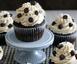 food, cupcakes, and yummy image