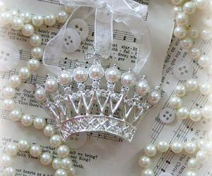 beautiful, corona, and crown image