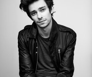devon bostick image
