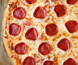 cheese, delicious, and pizza image