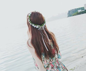 flowers, kfashion, and sea image