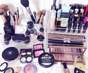 makeup, lipstick, and cosmetics image