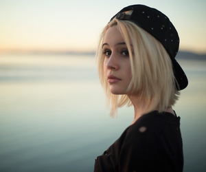 bea miller and bea image