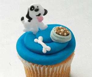 cupcake and dog image