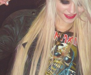 momsen, Taylor Momsen, and the pretty reckless image