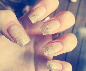 love it, nails, and gelnails image