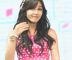 kpop, pretty, and apink image