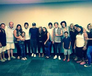 cake boss, one direction, and carlo´s image