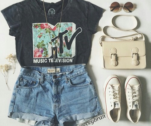 fashion, outfit, and mtv image
