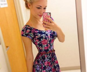 dress and selfie image