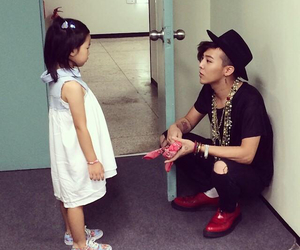 g-dragon, haru, and gd image