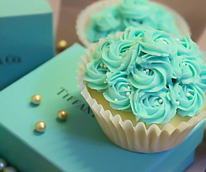 cupcake and luxury image