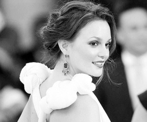 beauty, brunet, and leighton meester image