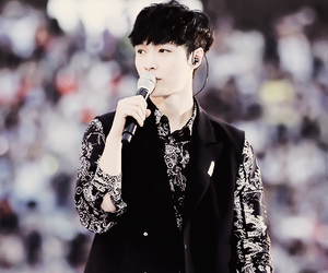 Chen, Hot, and kpop image