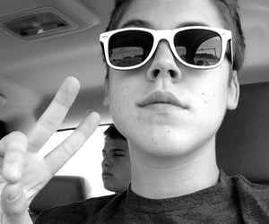 matt, duces, and shades image