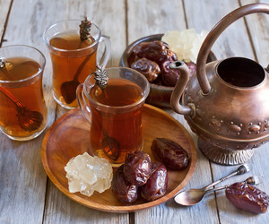 dates, gold, and tea image