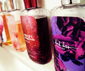 perfume, shower, and bath and body works image