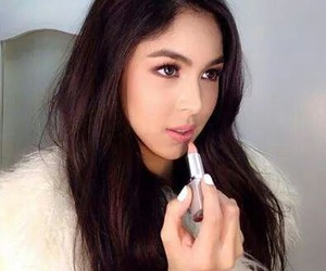 gorgeous, lipstick, and julia baretto image