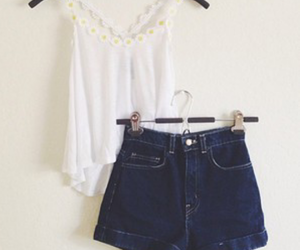 highwaist, outfit, and shorts image