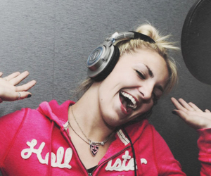 recording, r5, and rydel lynch image