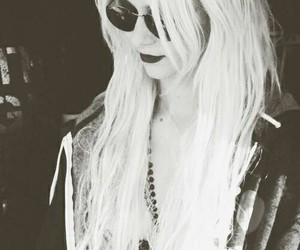 hair, sexy, and tpr image