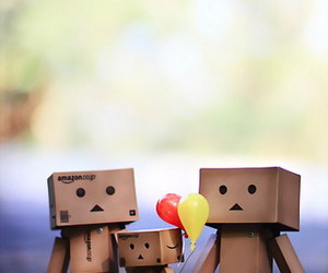 family, balloons, and danbo image