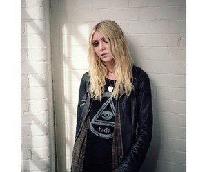 blonde, Taylor Momsen, and the pretty reckless image