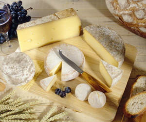 pain, fromage, and vin image