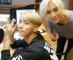 Jonghyun, radio, and Taemin image